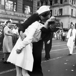 Victor Jorgensen Kissing the War Goodbye in Times Square, 1945
