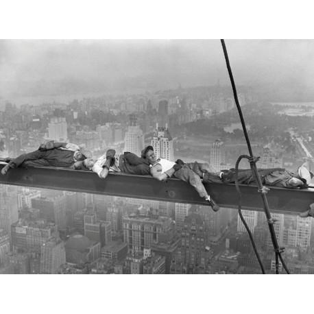 Ebbets-Construction Workers Resting on a Steel Beam-Famoso Quadro con Operai che riposano sul Ponteggio
